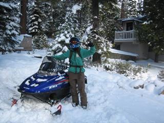 Snow mobilin